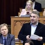 Az LMP kérdezni próbált, de a Fidesz a harmadik kétharmad után már nem válaszol