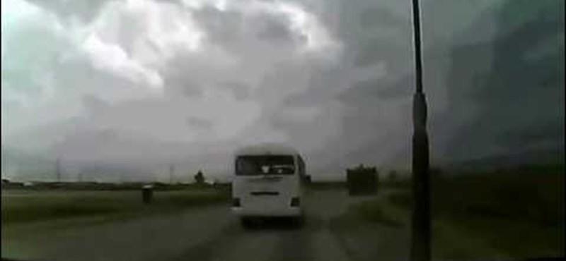 Sokkoló videó egy Boeing felrobbanásáról