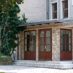 Újabb gimnáziumot záratna be a kormány: a váci Boronkay is veszélyben van