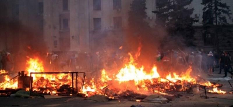 Odesszában gyújtogatnak, már több tucat halott is van (- Frissítve!)