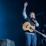 Pénteken akár Ed Sheeran által dedikált lemezt is vásárolhat