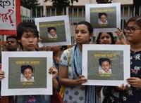 Megégettek egy bangladesi lányt, aki szexuális zaklatással vádolta meg iskolaigazgatóját