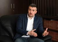 Cicaharcnak tartja Fekete-Győr és Gyurcsány üzengetését Jakab Péter