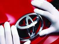 Ezek most a világ legértékesebb autómárkái, íme a toplista