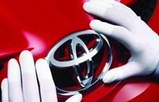 Leelőzte a Volkswagent a Toyota, első lett a 2020-as autóeladásokban