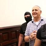 Megváltozott a börtönben Tasnádi Péter – fotók