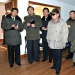 Újabb verzió Kim Dzsongil halálára: a duzzasztógát volt az oka