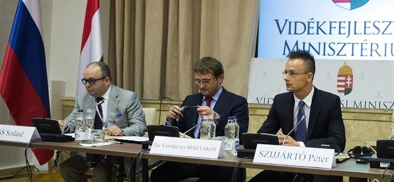Valódi vízumgyár működött a moszkvai magyar konzulátuson