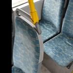 Miért olyan förtelmesen rondák eleve a buszok ülései? Nagyjából ezért
