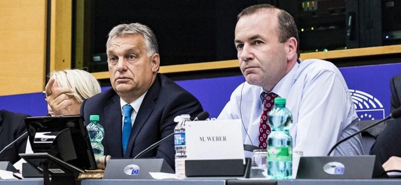 Népszava: A Fidesz felfüggesztése érvényben marad, de EP-képviselőit nem bünteti a Néppárt