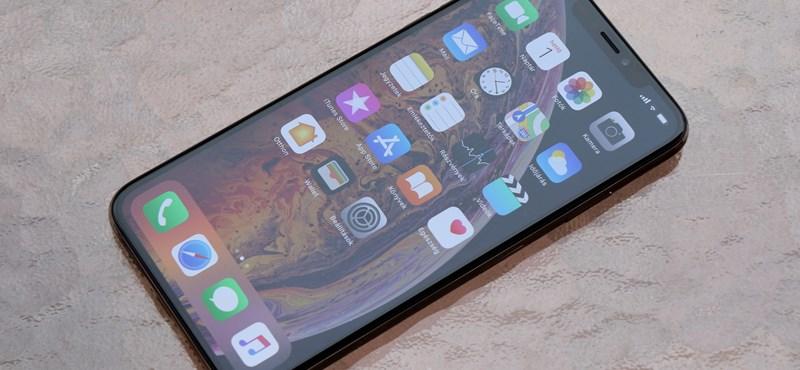 Samsung-telefonokat reklámoznak, no de miért iPhone-nal?