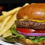 Nem tudja a Google, hol a sajt helye a sajtburgerben?