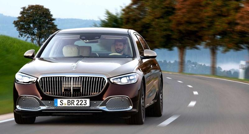 Íme a V12-es motorját büszkén hirdető új Mercedes-Maybach S680