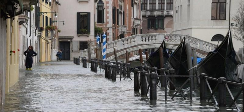 Rendkívüli viharra számítanak, több olasz városban elmarad a tanítás pénteken
