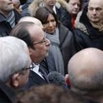 A terrortámadás után irtózatosan nőtt Hollande és Valls népszerűsége