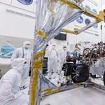 Speciális kerekeket kapott a NASA Mars-járója, ilyennel gurul majd a Mars felszínén