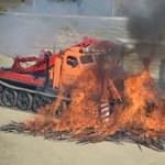 Különleges járművet kapott a katasztrófavédelem - fotók
