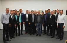 Kósa Lajos meglátogatta a győri Fideszt – és egy szót sem szólt Borkai Zsolt utódjáról