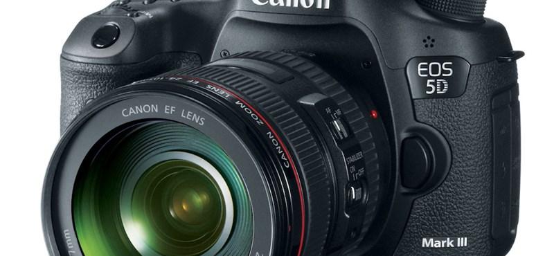 És igen, és megérkezett: a Canon EOS 5D Mark III