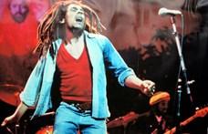 """Családja """"újraírja"""" Bob Marley One Love című slágerét"""
