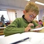Rengeteg papírmunkát hoz az iskolák nyakába varrt honvédelmi akcióterv