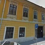 Ezért kapott olcsó albérletet saját kerületétől a budavári polgármester