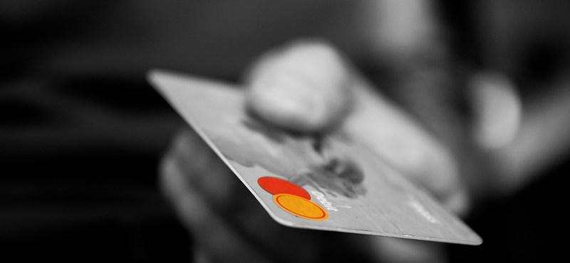 Tömegesen tilthatják le a Mastercard-bankkártyákat, adatokat lophattak csütörtök este