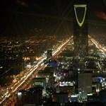 Szaúd-Arábiát leminősítették, Oroszországra recesszió vár