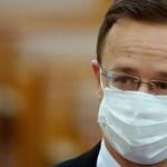 Újabb egymillió tabletta favipiravir érkezett Kínából