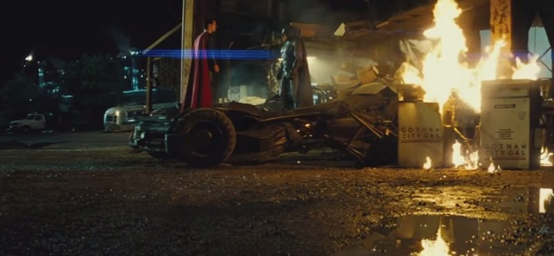 Videó: Mindent belezsúfoltak a Batman Superman ellen új előzetesébe
