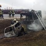 Súlyos baleset történt az M2-esen