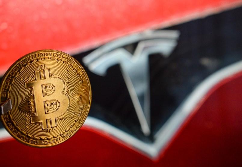 Elon Musk nem tévedhet? Mi lesz a bitcoinnal a Tesla-bevásárlás után?