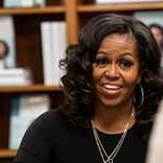 Michelle Obama kötni kezdett, és a visszavonulást fontolgatja