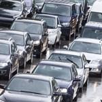 Az üzemanyagok drágulása ellen tüntettek Franciaországban, egy ember meghalt