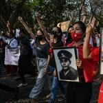 Mianmari puccs: Vízágyúkkal oszlatta a rendőrség a tüntetőket, ketten megsebesültek