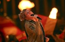 Lebetegedett a frontember, lefújja összes idei koncertjét az AWS