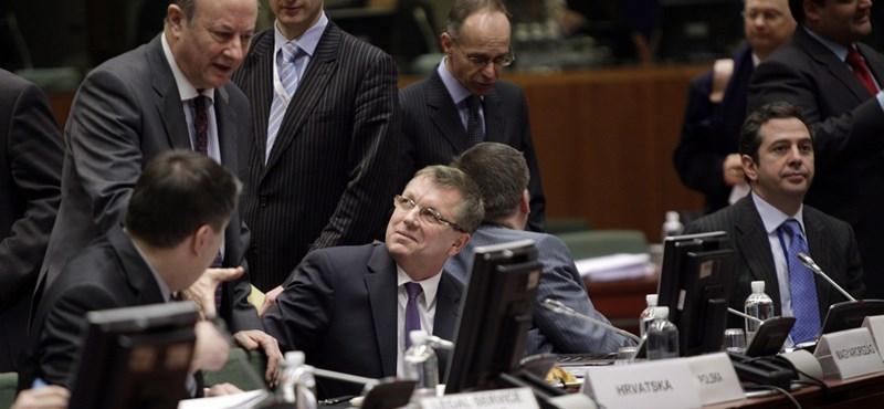 Brüsszel megfúrhatja a választási osztogatást