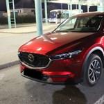 Pár hetes lehet ez a 9 milliós Mazda, amit a határon fogtak
