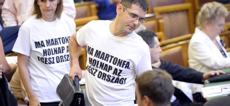 Lecserélte parlamenti frakcióvezető-helyetteseit a Jobbik
