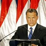 És akkor Orbán Viktor összevonta a szemöldökét