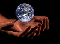 A Föld sorsa még nem pecsételődött meg, de most már sietnünk kell