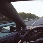 Erre jó az Autobahn: száz kilométer 26 perc alatt, végig 250-nel - videó