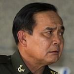 """""""Összefogunk"""" - A thaiföldi junta vezetője dalban mondja el"""