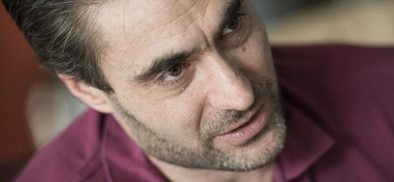 Apáti Bence: Nem teszem meg azt a szívességet, hogy kritizálom a kormányt