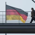 Közel ezer német politikustól, művésztől és újságírótól loptak személyes adatokat