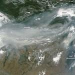 Füsttakaró az űrből: NASA-képek az orosz erdőtüzekről