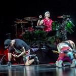 Feldobhatja a holnap estét a Red Hot Chili Peppersszel