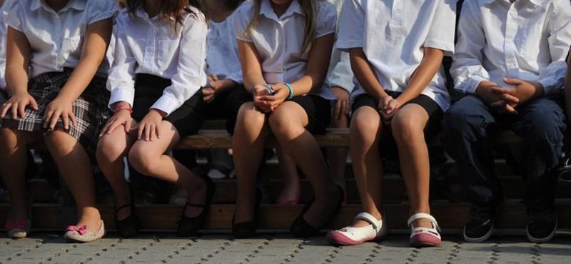A lengyelek épp most dobják sutba a kilencosztályos iskola ötletét