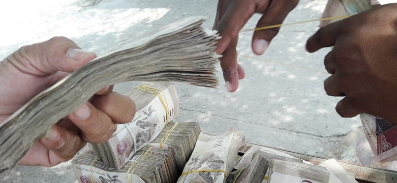 1,7 millió százalékos volt az infláció Venezuelában