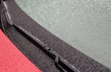 Ónos és havas eső nehezíti a közlekedést – hogyan kell ilyenkor vezetni?
